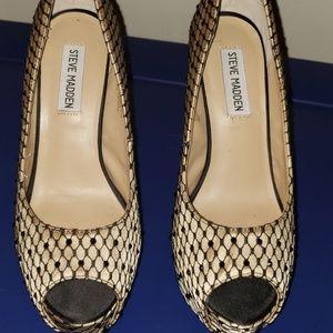 Open toe platform heels